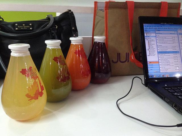 juice cleansing diet with juice jab