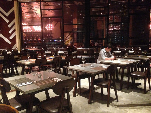 vyne tapas bar and restaurant fort