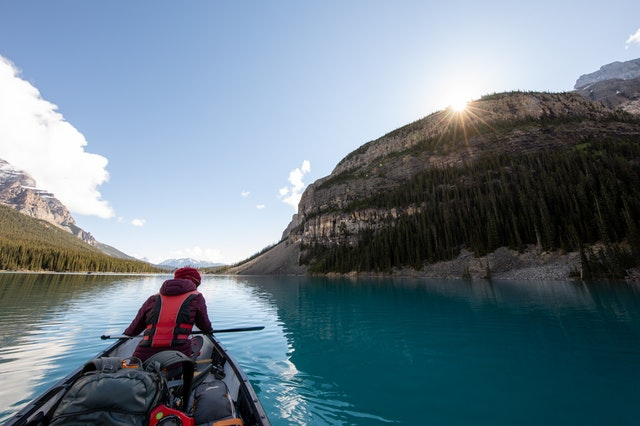 where to buy a vacation home in canada