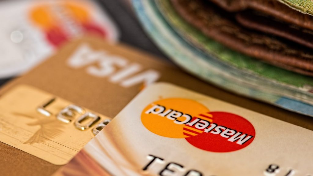credit cards to teach the importance of financial planning